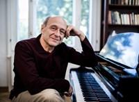 """""""A zene már több száz éve a megértést, a kölcsönös szeretetet szolgálja"""" – Fischer Iván 70 éves"""
