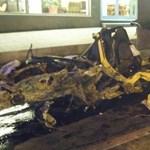 20 éves nő tört rommá egy Porsche Boxstert Iránban
