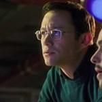 Titokban találkozott Snowdennel az őt alakító színész