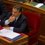 """Orbán Viktor szerint nincs tandíj, és a """"falusiak sincsenek kizárva"""" a felsőoktatásból"""