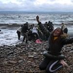 Piszkos játékot játszanak Európával a menekülthajókat elkapó országok