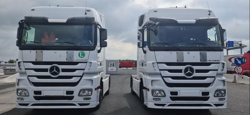 Lopott Mercedes kamionokat kaptak el Csanádpalotánál
