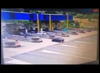 Kölcsönautóval indult Budapestről a horvát autópályán súlyos balesetet szenvedett család