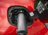 Egy lépésben 20%-kal javíthat az akkumulátorokon a Bosch