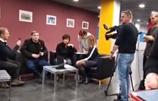 Varju László állítja, újra verték, a DK-s társait nem engedik oda hozzá