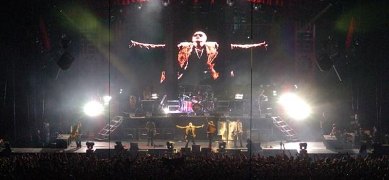 Megkezdte a turnéját az újra összeállt Guns N' Roses