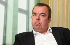 Már nem nyomoz L. Simon László panziójának támogatása miatt a NAV