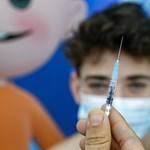 Ausztria engedélyezi a 12 éven felüli gyerekek oltását