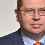 Jól hoztak az állami megbízások az Orbán-család ügyvédjének