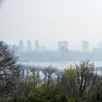 Szellőztetni sem lehet a fullasztó levegő miatt Kijevben