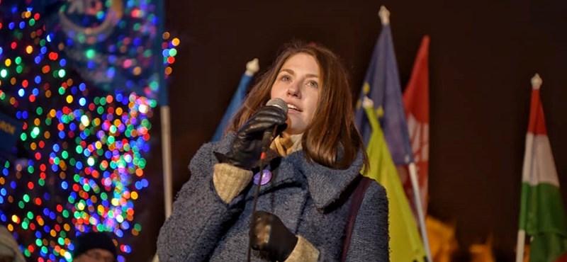 Kihallgatják a Ripost és az Origo főszerkesztőjét a Donáth Annát lejárató cikkek ügyében