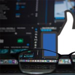 Új ötletet dobott be a Facebook: minden profilon látszik majd, mi bennünk a közös