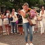 Miért hisszük még mindig, hogy a nyilvános lánykérés romantikus?