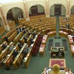 Jön az alkotmányellenes MNB-törvénymódosítás módosítása