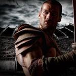 Véresen és mocskos szájjal érkezik hazánkba a híres gladiátor