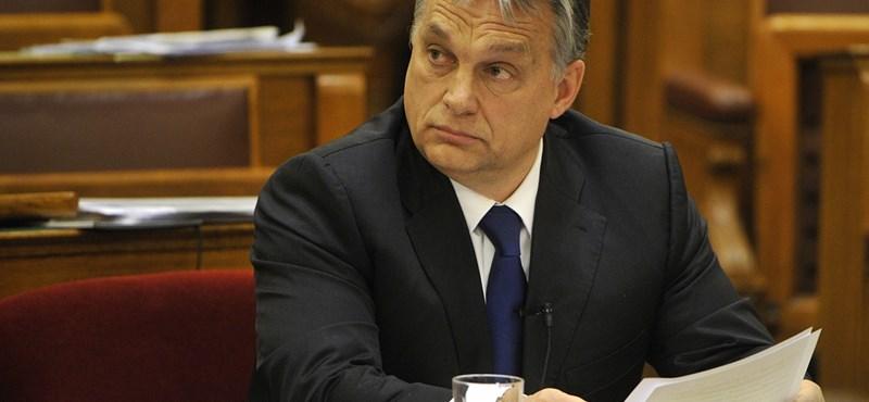 Orbán megadta az alaphangot, mielőtt Prágába repült