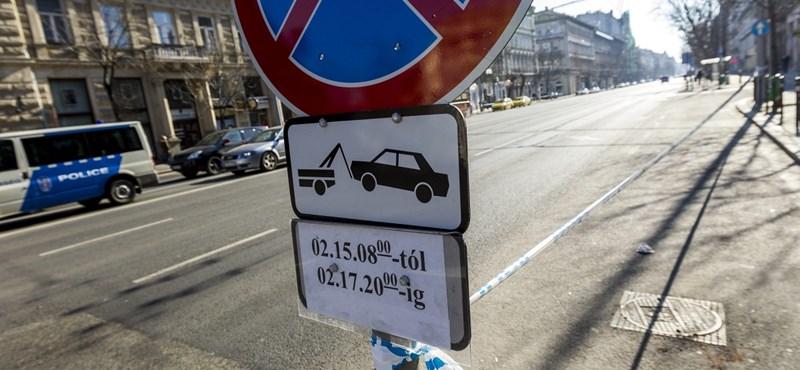 Több fizetős parkolóhely lesz két budapesti kerületben