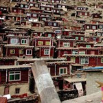 Kínai falurombolás: lebontják a buddhisták közösségét