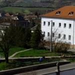 Egy fideszes képviselő szerint a szegregált roma tanulók Soros ügynökei