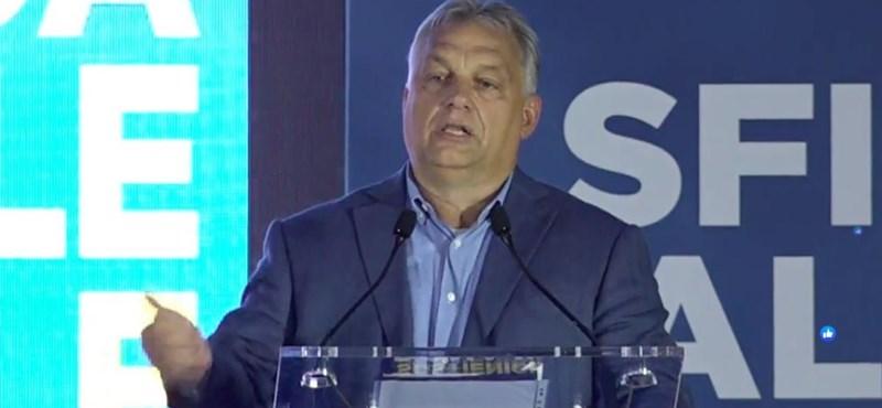 Orbán beszédét énekelve és tapsolva szakították félbe Rómában