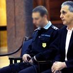 Vesztegetéssel vádolják Tasnádit - megkezdődött a per