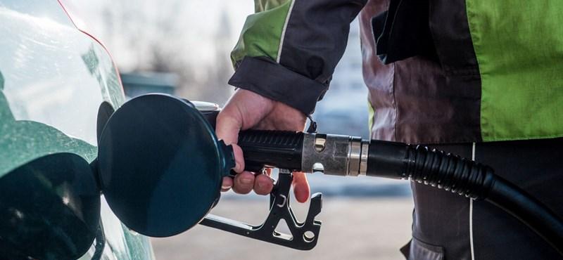 A benzin és a gázolaj is olcsóbb lesz