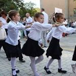"""""""Tragikus"""" helyzetet hoz az iskolák államosítása az LMP szerint"""