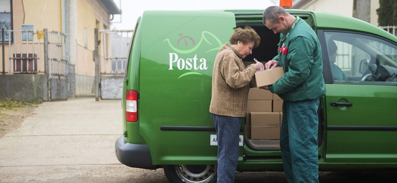 A Momentum felajánlotta, hogy a posta helyett kiviszik a csomagokat