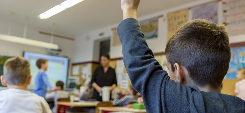 Megjelent a rendelet a 6 évesek iskola alóli felmentéséről