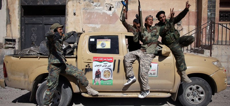 A Szaharában bujkál állítólag Kadhafi egyik fia