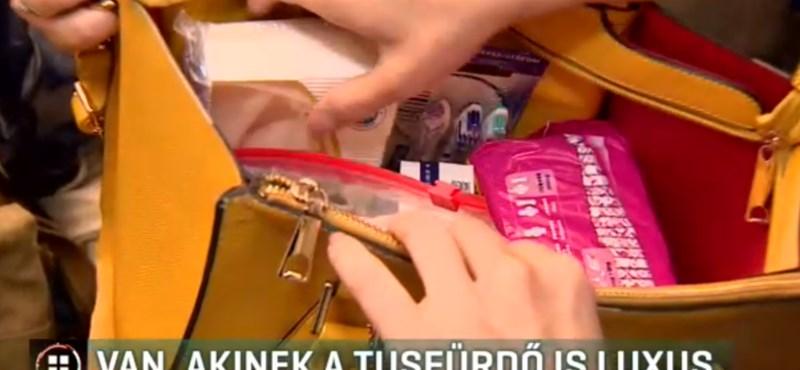Megtöltött táskákkal próbálnak segíteni a rászoruló nőkön a Nemluxustáska kampányban