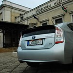 Toyota Prius teszt: egy normális miniszter ezzel járna