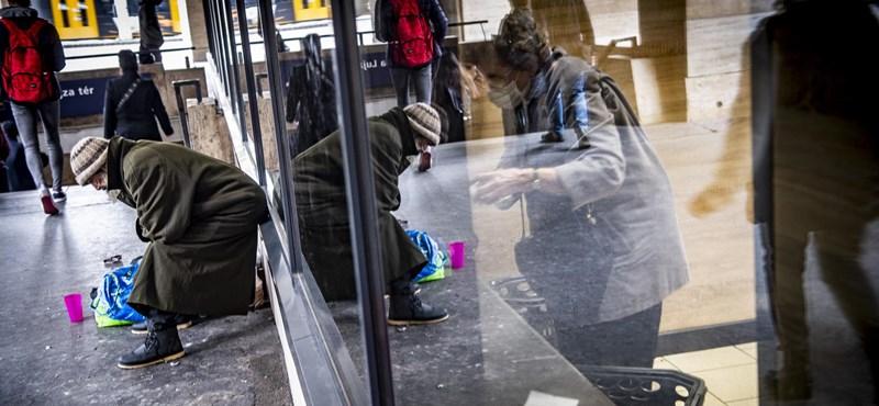 """A hajléktalan embereket védő """"vörös kódot"""" hirdetett az Emmi"""