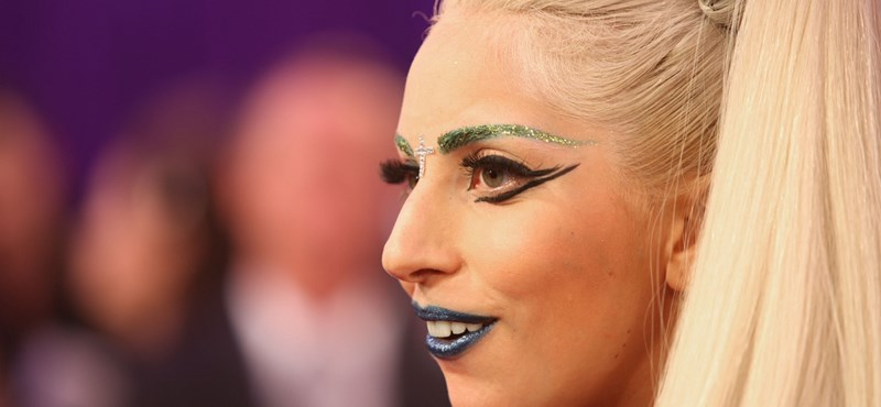 Bowie előtt tiszteleg Lady Gaga a Grammy-n