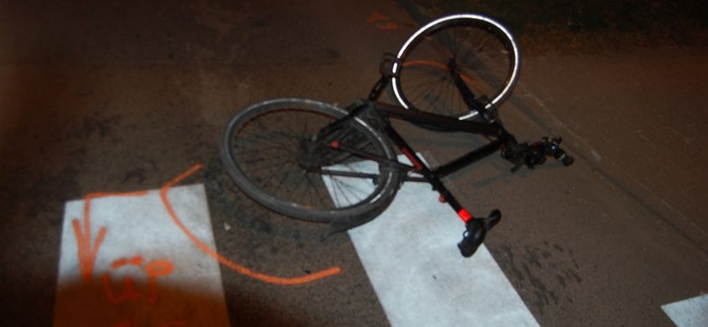 Halálra gázoltak egy bajai biciklist - fotók