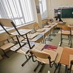 Diákok tiltakoznak az iskolák április 19-i újranyitása ellen
