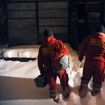 Félmilliós fizetést kapnak idén a mentőorvosok és a felsőoktatásban tanítók, de a kkv-dolgozók bére is nőhet