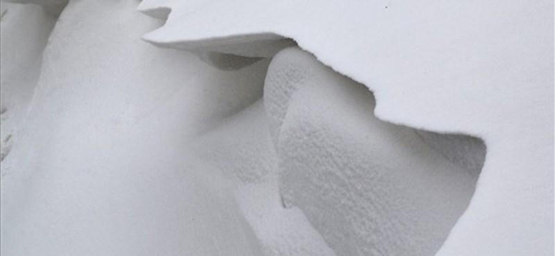 Újra havazik az ország nagy részén, indulás előtt tájékozódjunk az útviszonyokról