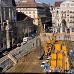 Fotó: Már épül a mélygarázs a József nádor téren
