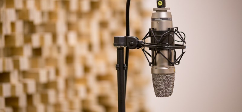 Titokban elhelyezett mikrofonokat és kamerát találtak a miskolci városházán