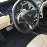 Oda a kedvezmény, amit a német Tesla-tulajdonosok kaptak