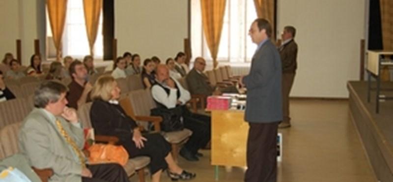 Rendhagyó irodalomórát tartottak az EKF-en