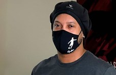 Ronaldinho is koronavírusos