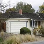 Fotó: műemlék lett Steve Jobs szülőháza
