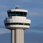 Újraindult a forgalom a drónok miatt megbénult Gatwick repülőtéren