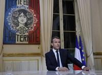 Álhírellenes szabályozást fogadott el a francia parlament