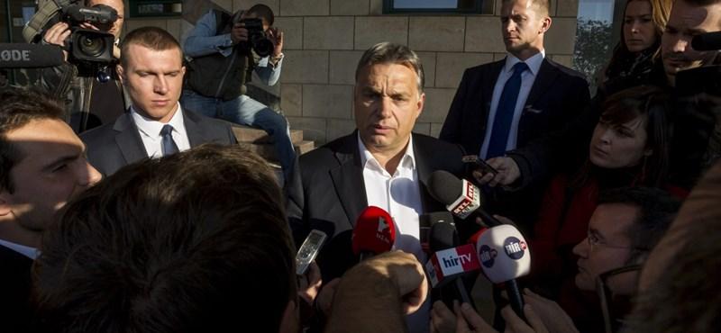 Orbán totális mozgósításba kezd Balatonfüreden