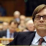Alaptörvény 2.0: Barrosót kéri Verhofstadt, hogy vesse fel az EU-csúcson a magyar helyzetet