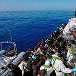 Olaszország nem engedi kikötni a bevándorlókat szállító hajókat
