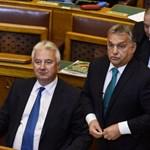 Ilyen sem volt még: Orbán megdicsért egy szocialista kérdést